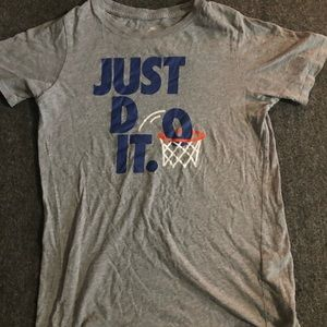 Nike kids shirt size large